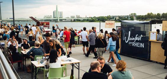 Weinfest Köln Rheinauhafen